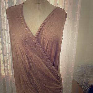 Sleeveless crisscross vertical silky cotton vest